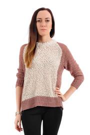 Sweterek w pętelki ecru z wrzosowymi rękawami