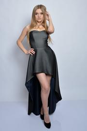 Sukienka gorsetowa maxi z trenem grafit S