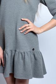 Ciepła sukienka z falbaną szary melanż M