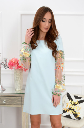 47f76bba4f Sukienka Ingrid haftowane rękawy błękitna ...