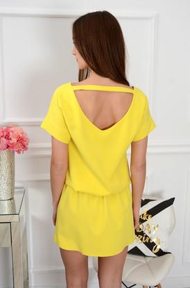 0a013a7325fc Sukienka Lora dekolt na plecach cytrynowa ...