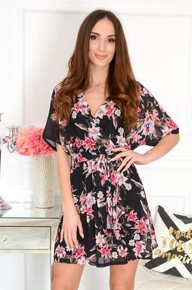 1c6ab1520d83 Sukienka szyfonowa a la kimono w kwiaty czarn ...