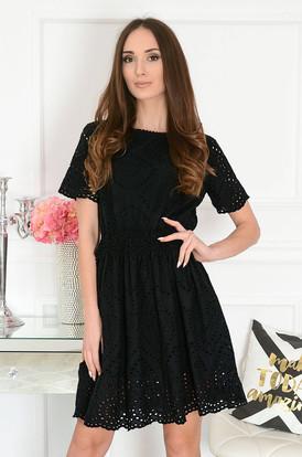 1321fb0b2958 Sukienka ażurowa z koronką w pasie czarna Nela ...