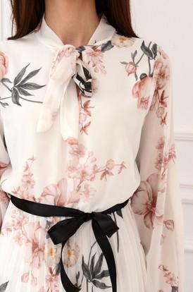 ddd10a2d11 Sukienka szyfonowa plisowan w kwiaty biała Aveline Sukienka szyfonowa  plisowan w kwiaty biała Aveline