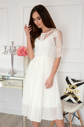 80447575bb Sukienki taliowane na wesele 2019 Sklep cocomoda.pl zaprasza