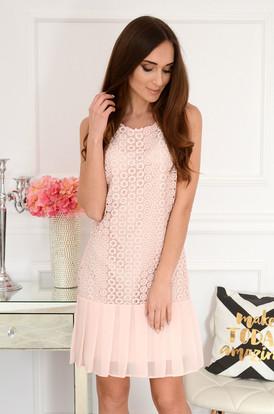 399cb1e876 Sukienka ażurowa z plisowaniem pudrowy róż Austin ...