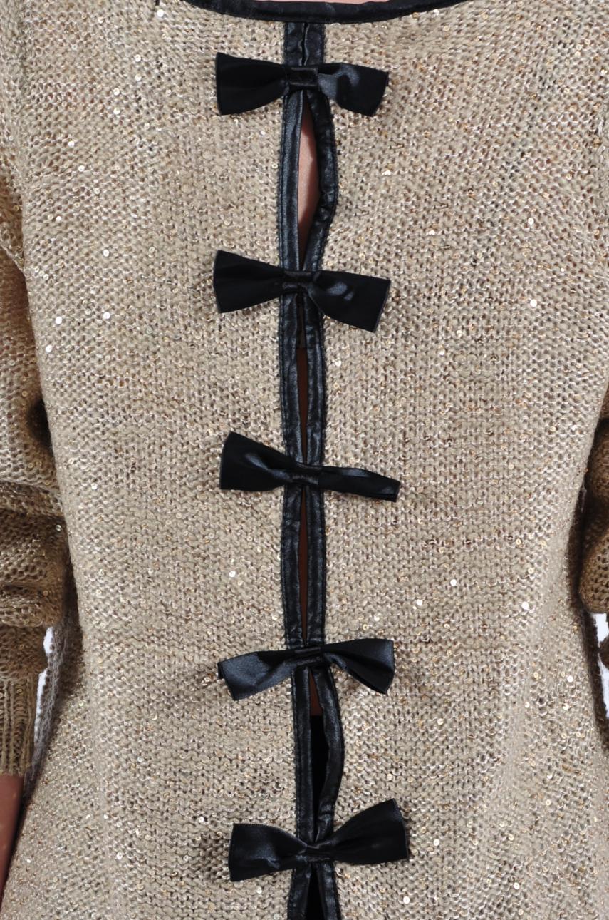 Chłodny Sweter z cekinami kokardki z tyłu ciemny beż - Cocomoda.pl - CK83