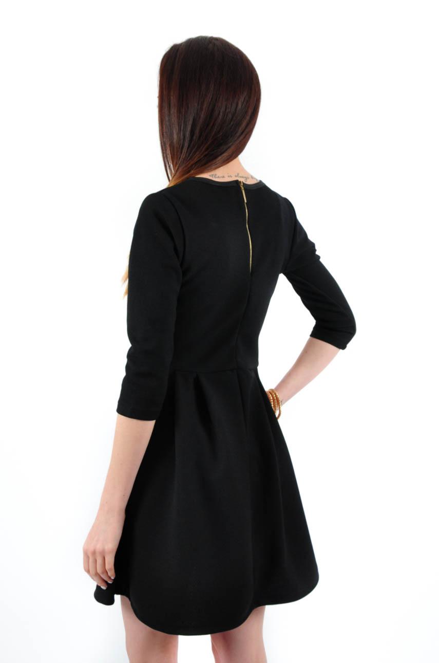 17af9910a496 Sukienka rozkloszowana czarna z fakturą - Cocomoda.pl - odzie...