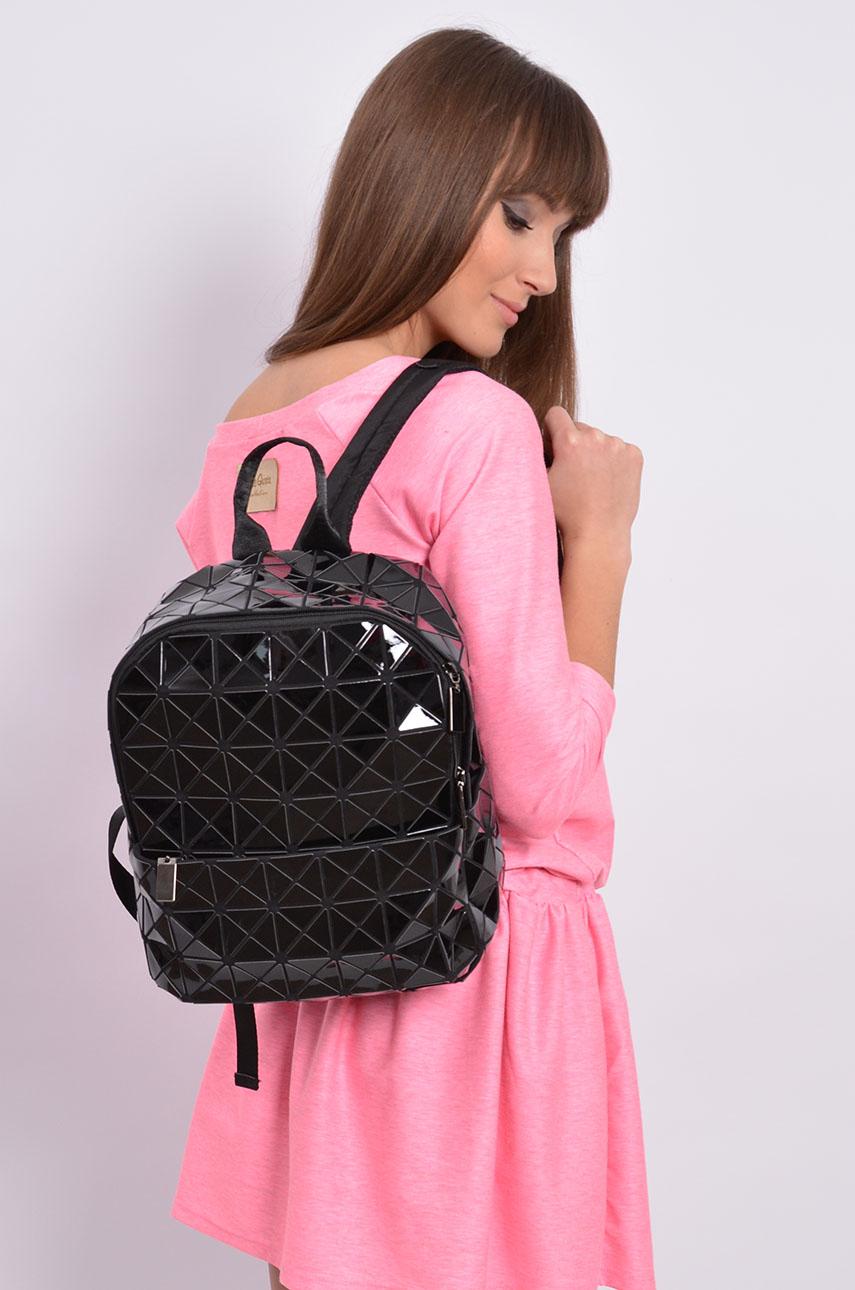 b5dfc8d587190 Stylowy plecak geometric czarny - Cocomoda.pl - odzież damska...