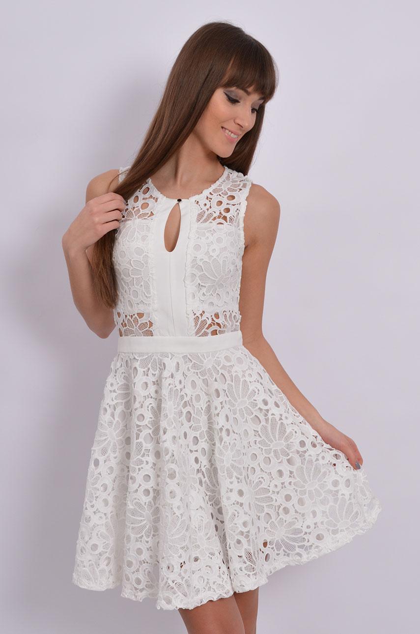 Wystarczy Sukienka rozkloszowana z grubej koronki kremowa - Cocomoda.p @NJ-42