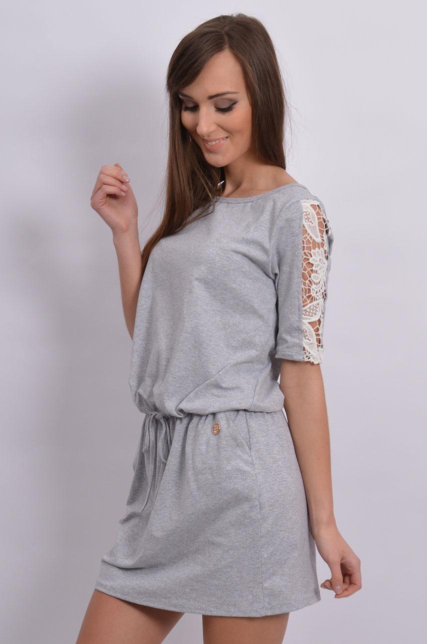 99709231b9f422 Sukienka dresowa z wstawkami z koronki szara - Cocomoda.pl - ...