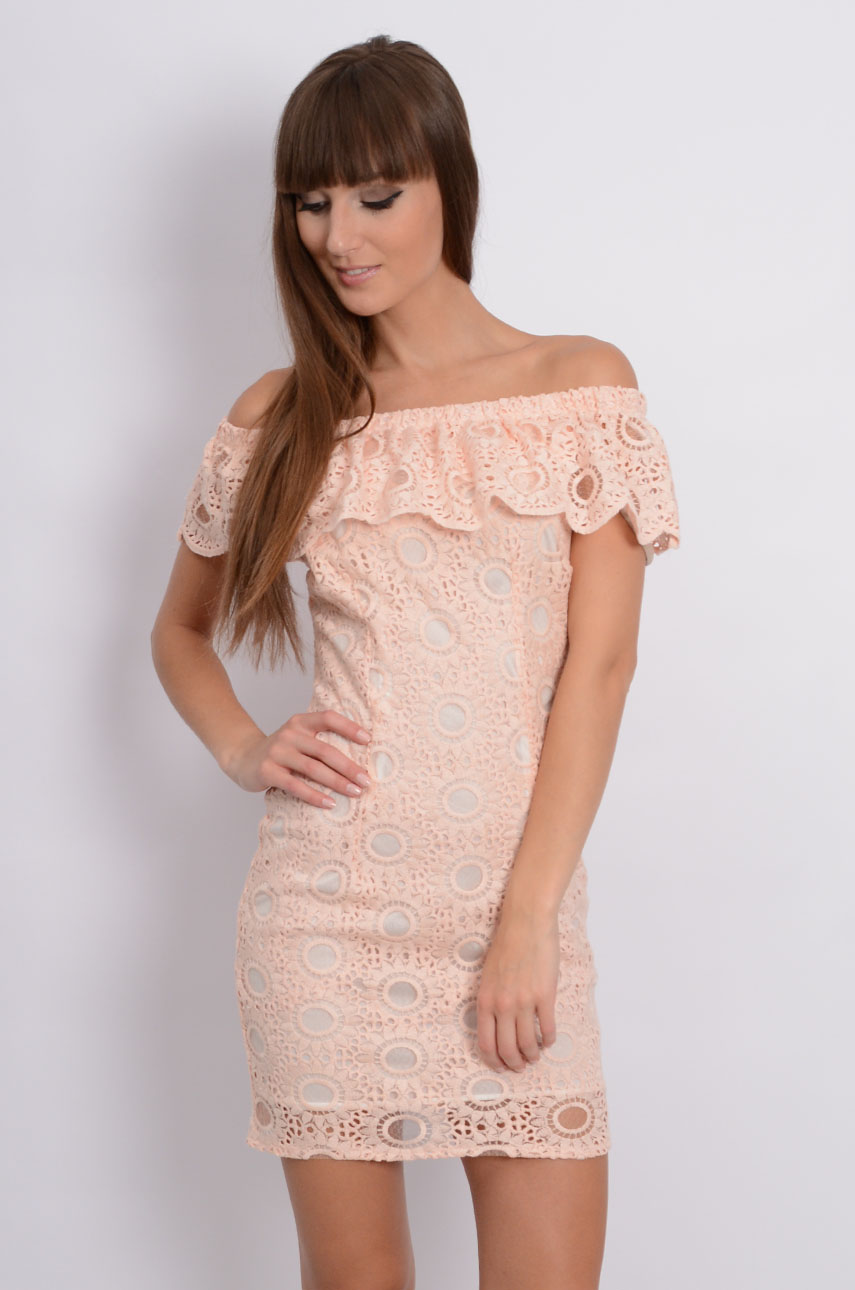 b0ea424d12e7 Sukienka hiszpanka z koronki pudrowy róż - Cocomoda.pl - odzi...