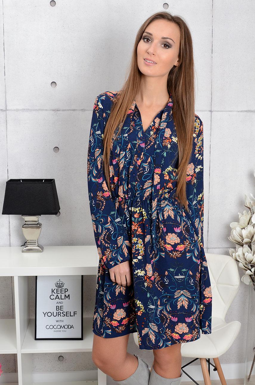 Sukienka Miranda w kwiaty z wiązaniem granatowa