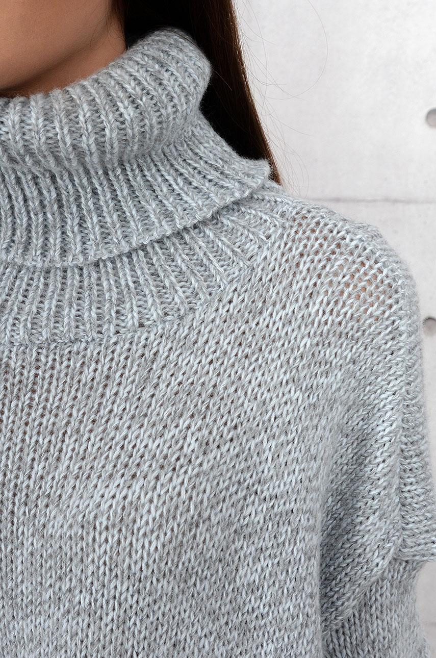 Sweter Marinel wydłużone boki z golfem szary melanż
