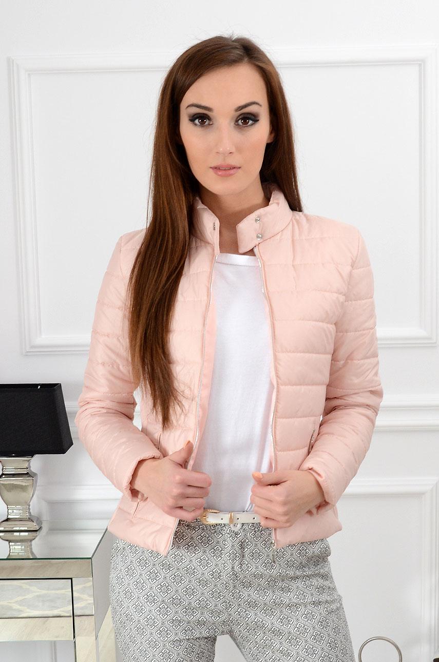 5a6ec0b1e0336 Kurtka pikowana Elegance pudrowy róż - Cocomoda.pl - odzież d...