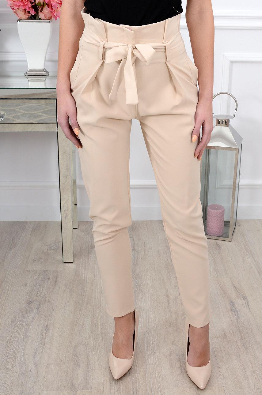 420b4e64c65a Eleganckie spodnie z wysokim stanem jasny beż - Cocomoda.pl -...
