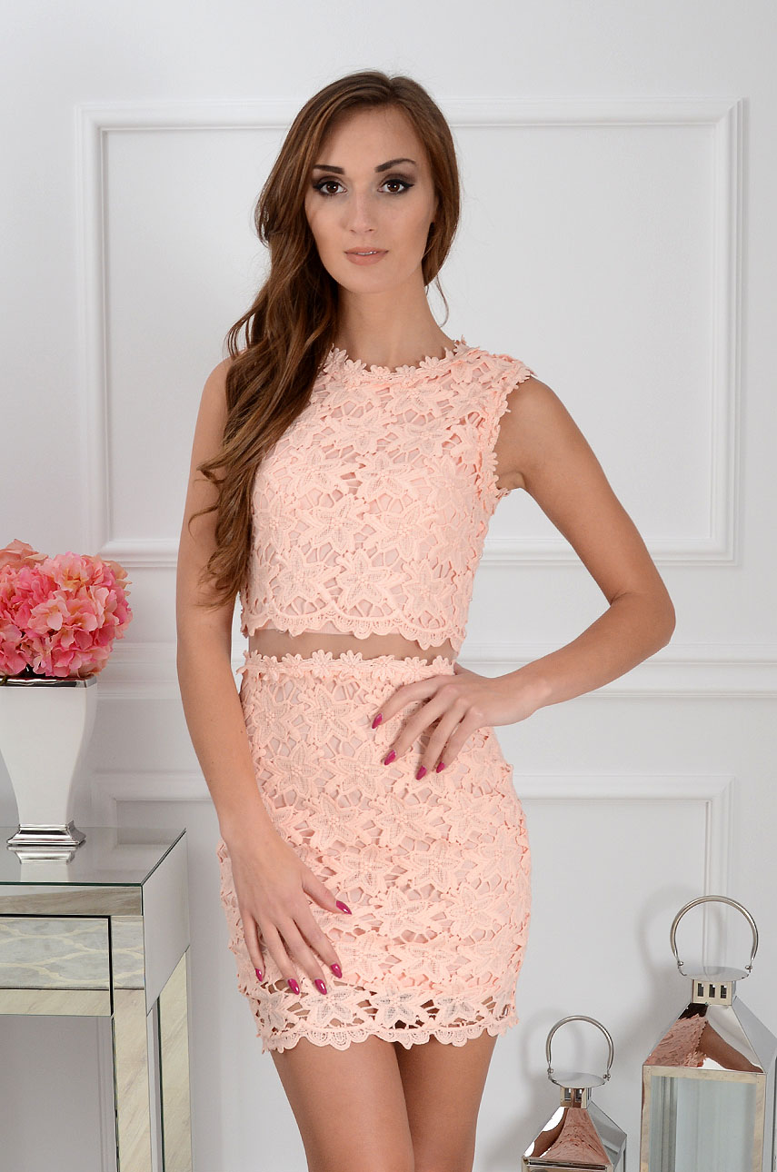728004fe6e Sukienka z koronki z siateczką pudrowy róż Sklep cocomoda.pl ...