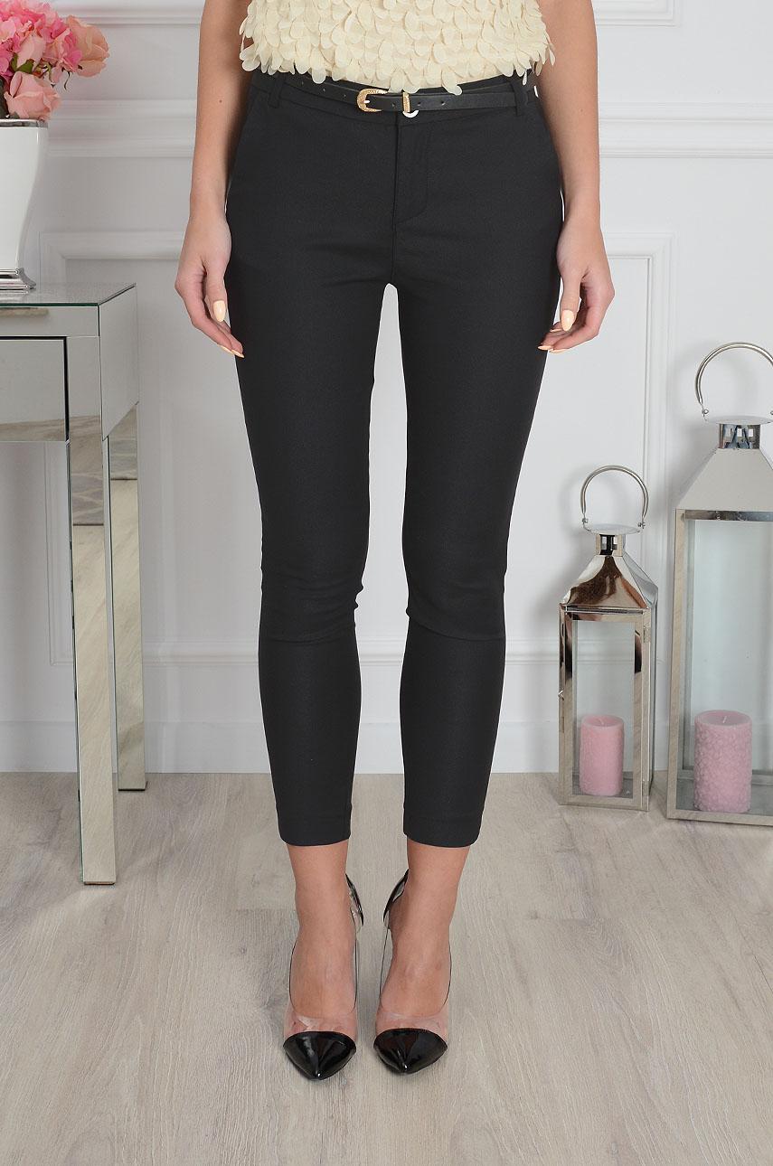 5c0c7a969531 Spodnie Freesia klasyczne rurki 7 8 czarne - Cocomoda.pl - od...