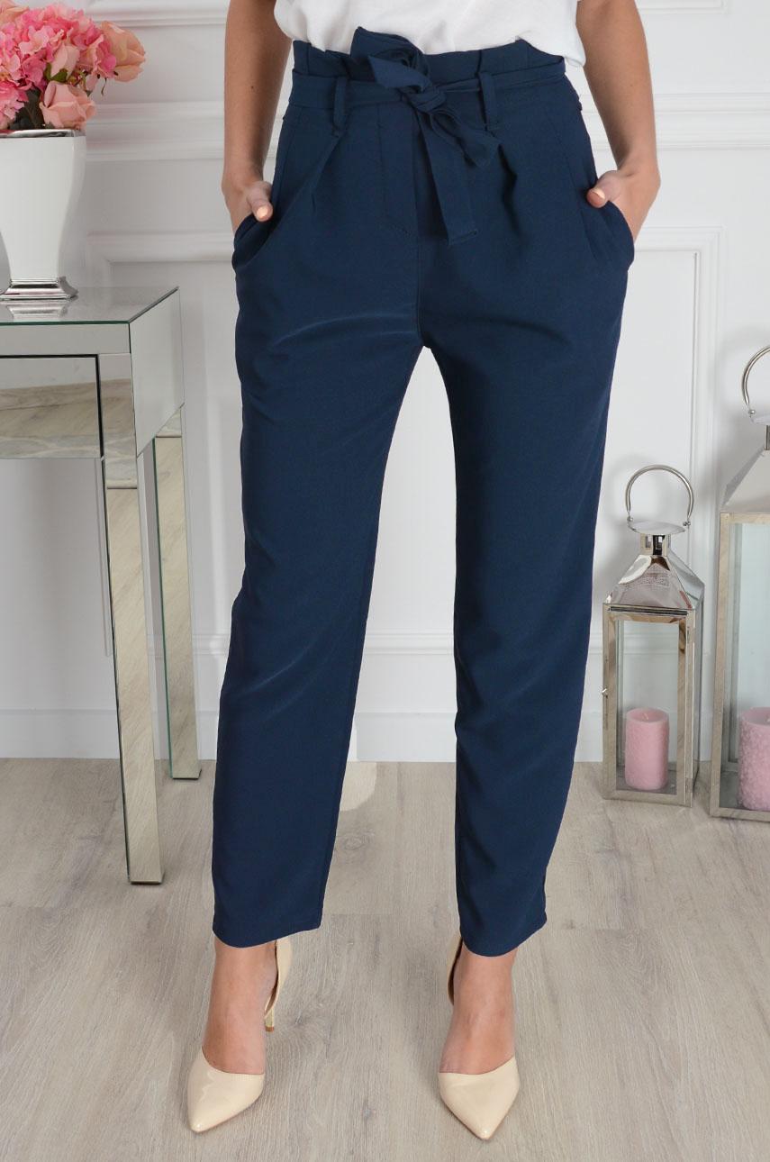 3883fe085404 Eleganckie spodnie z wysokim stanem new granat - Cocomoda.pl ...