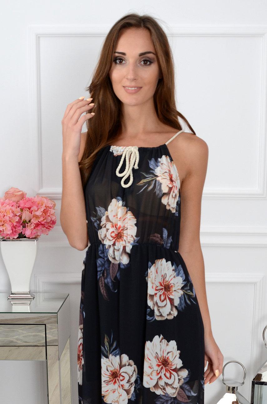 18f9457f5a Sukienka maxi szyfonowa w duże kwiaty czarna Sklep cocomoda.pl