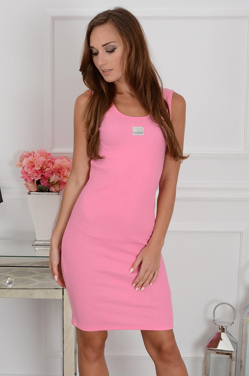 Sukienka tuba prążkowana z naszywką różowa Rozmiar: UNI