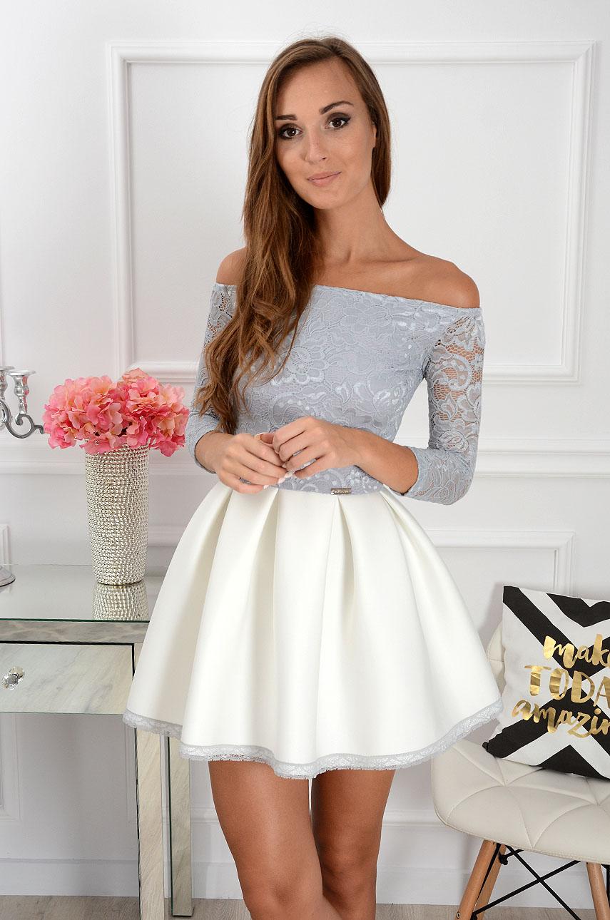 420c1f0a7d Sukienka Grace z koronką szaro-biała 3 4 rękaw