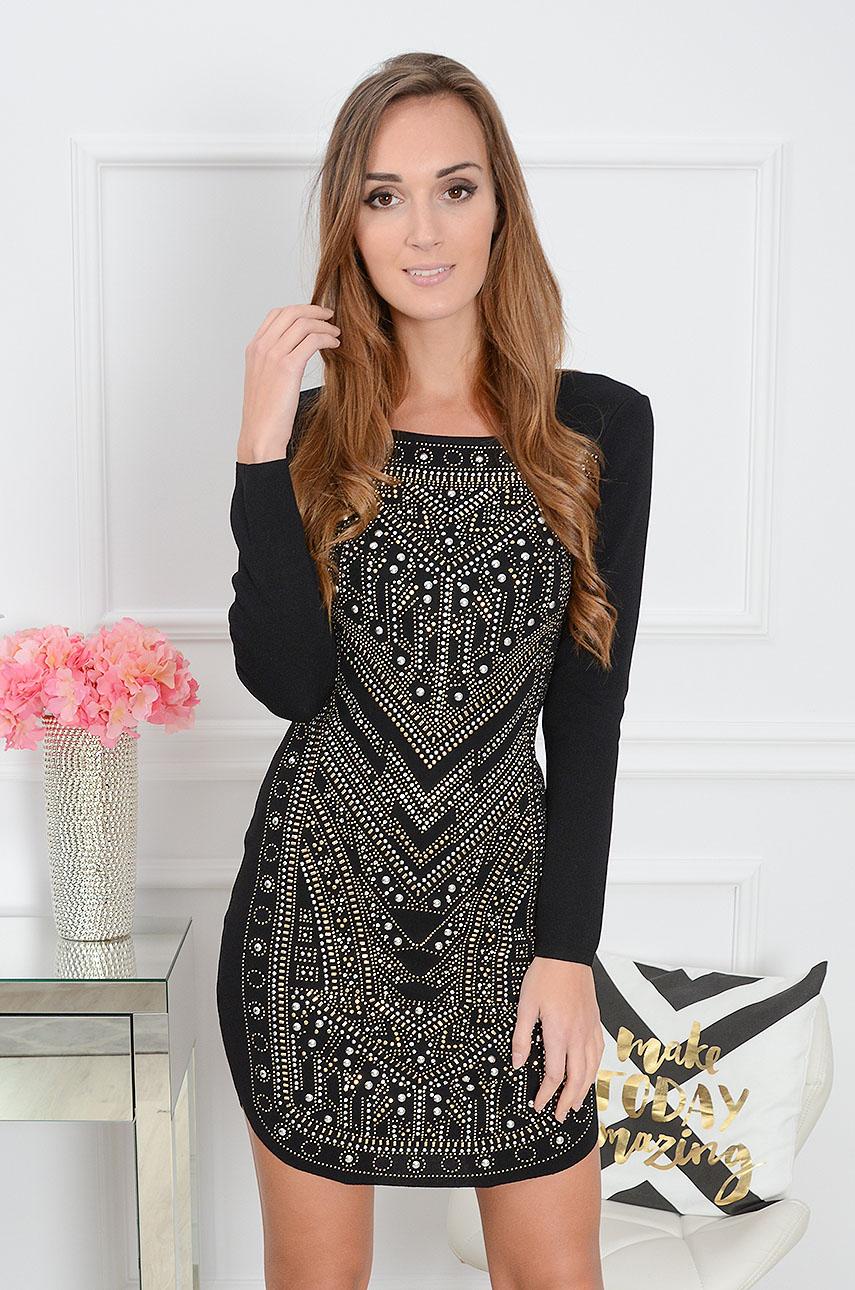 Sukienka tuba zdobiona napami we wzory czarna Rozmiar: S/M