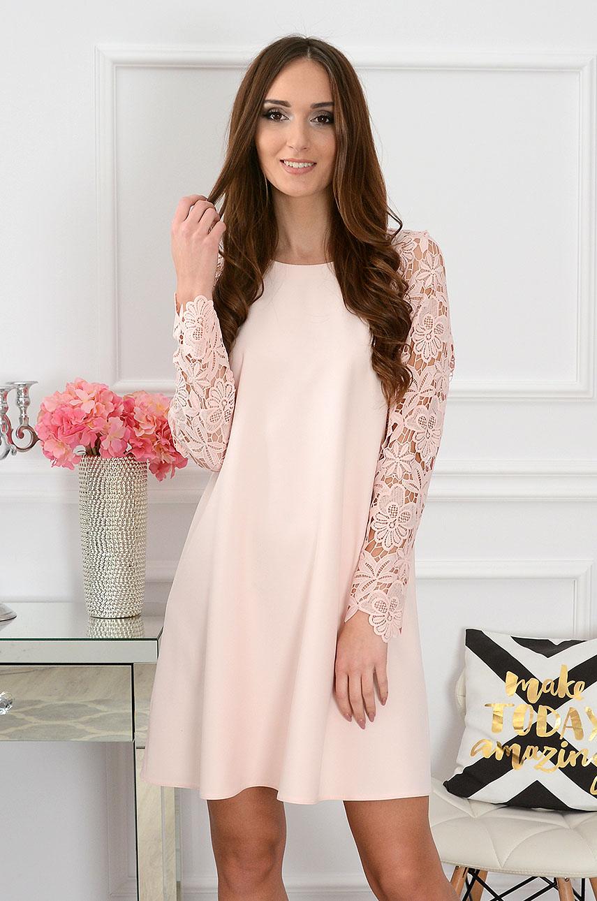 Sukienka Mania z gipiurowym rękawem pudrowy róż Rozmiar: S