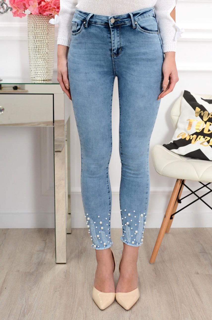 48480da53645 Spodnie jeansowe postrzępione z perłami błękitne - Cocomoda.p...