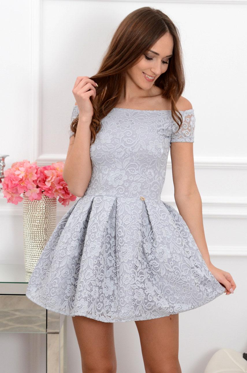 06cc013bb4 Sukienka koronkowa Scarlet szara krótki rękaw