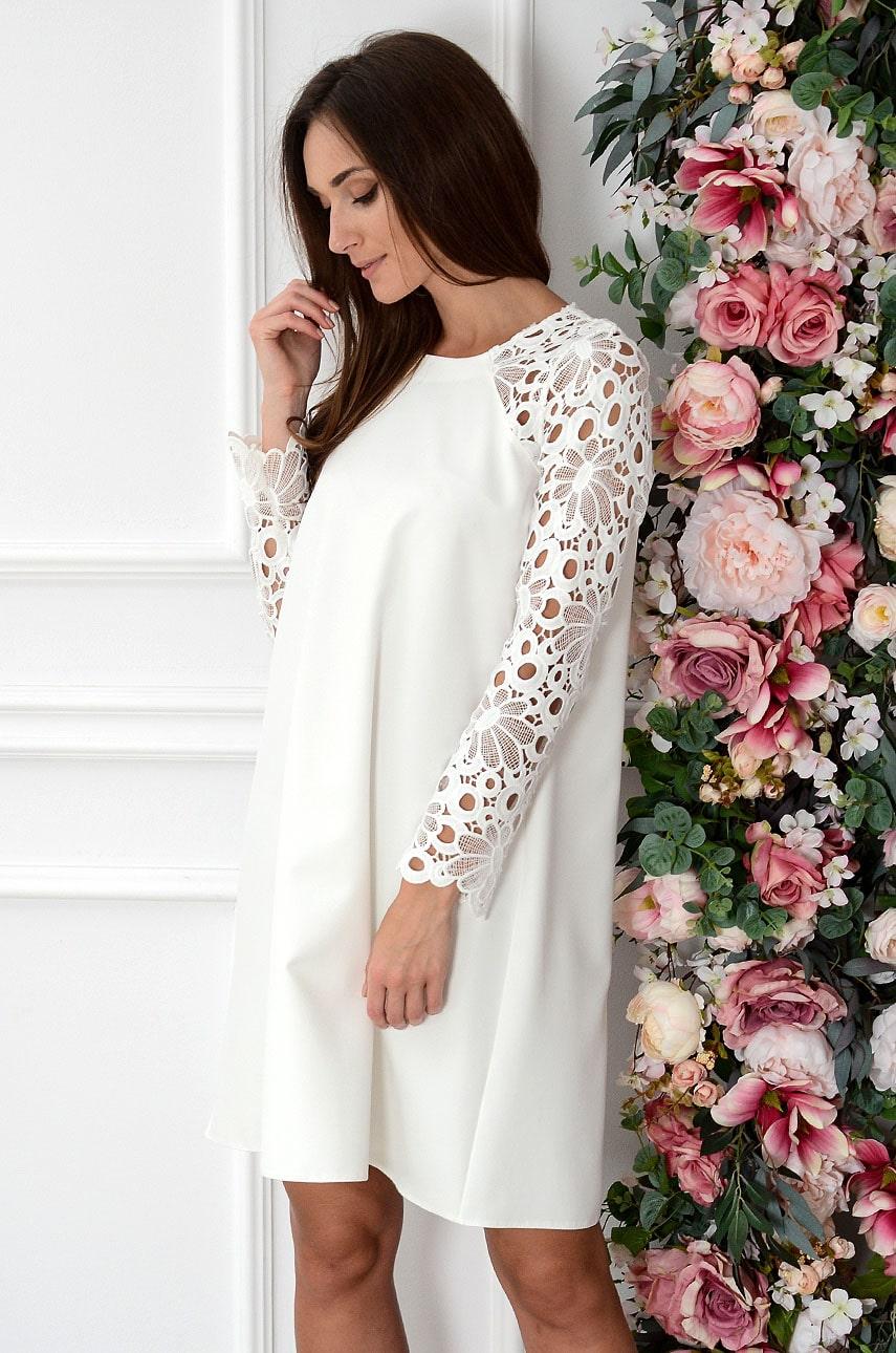 Sukienka Mania z gipiurowym rękawem biała new Rozmiar: S