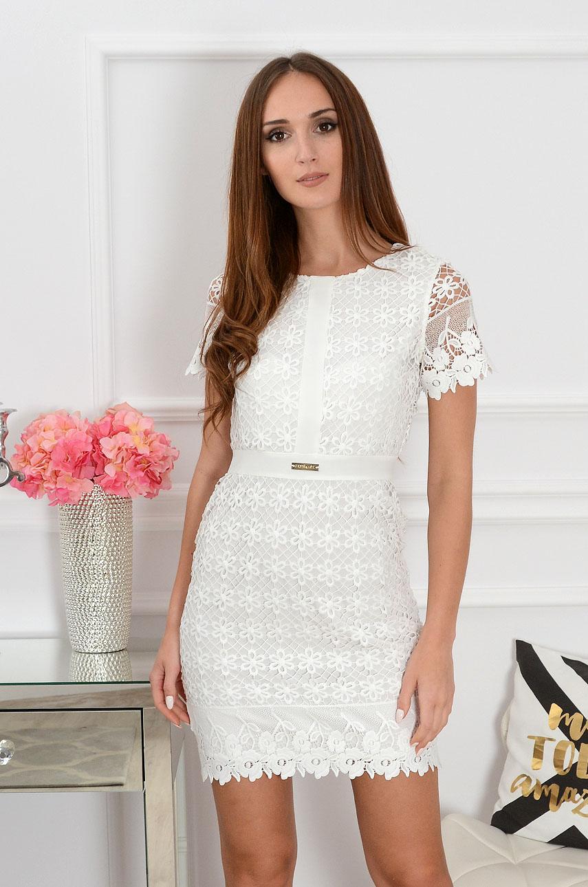 88d51cc419 Elegancka sukienka koronkowa biała Sklep cocomoda.pl zaprasza