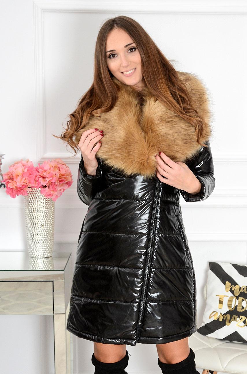 Płaszcz pikowany z futrzanym kołnierzem czarny Rozmiar: 3XL