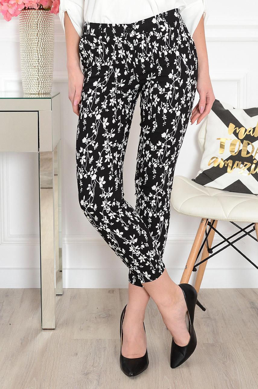 Spodnie Cygaretki czarne w białe kwiaty Ida Rozmiar: S