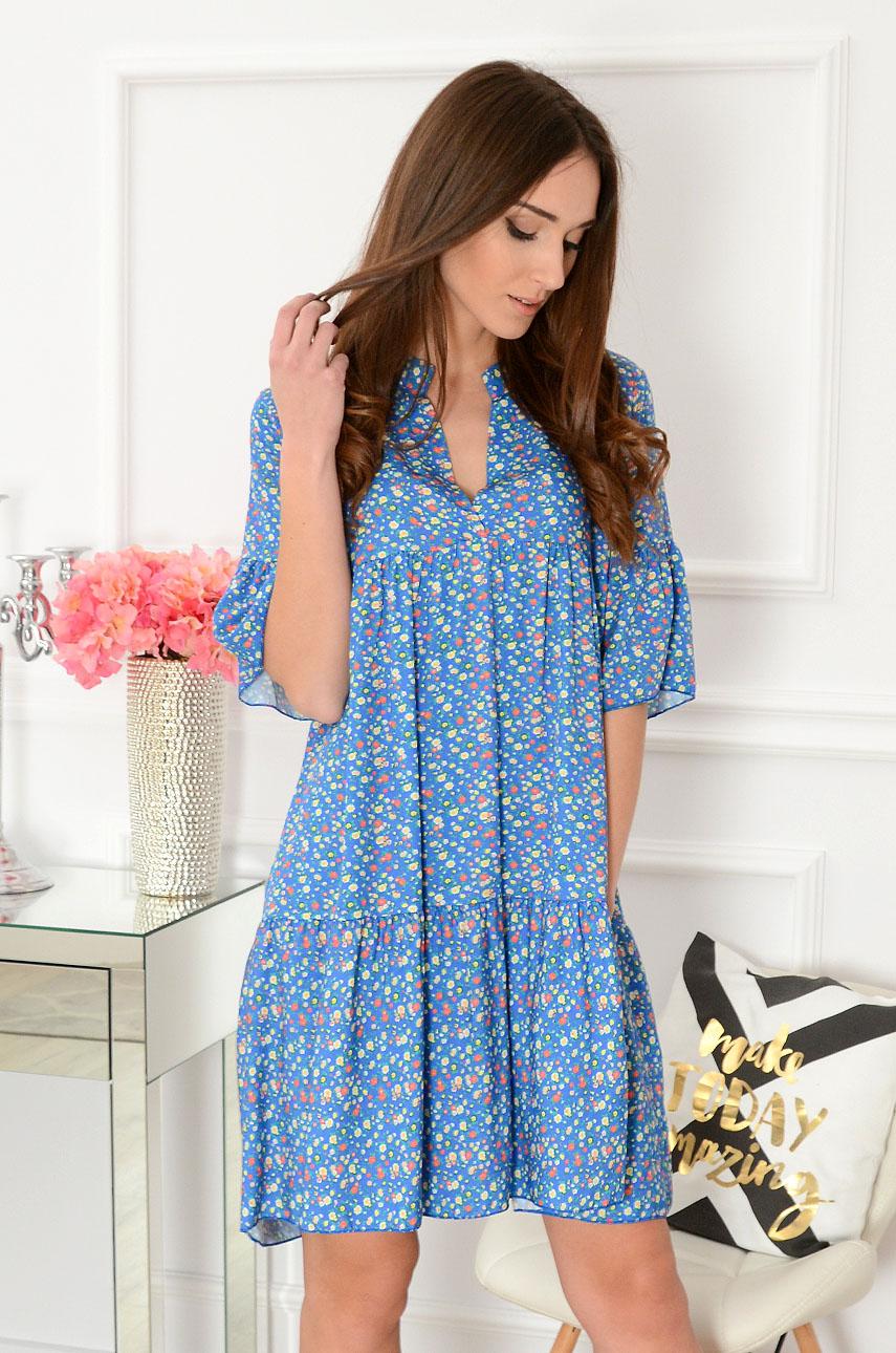 198c6fb6 Sukienka oversize w drobne kwiatki niebieska Paveta