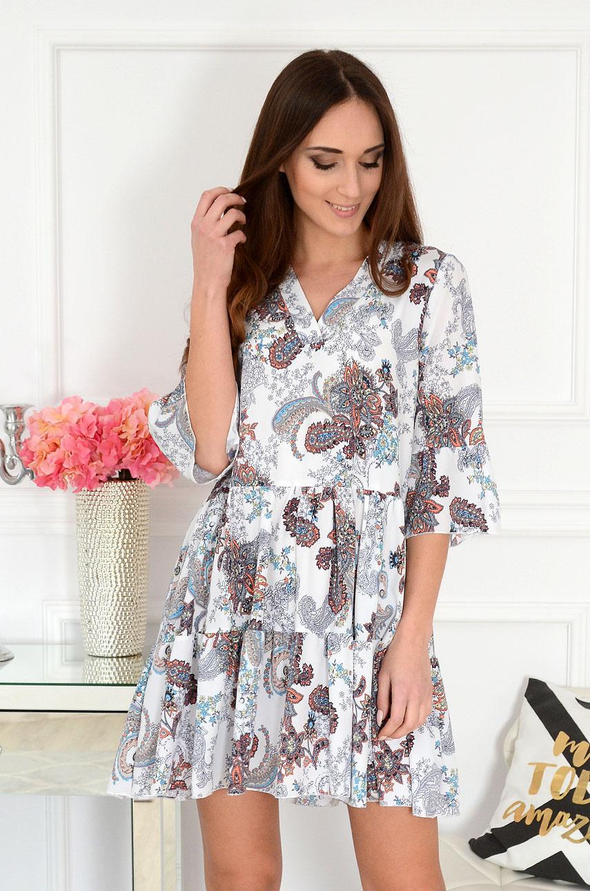 Sukienka oversize z falban w etno wzory biała Destiny Rozmiar: M