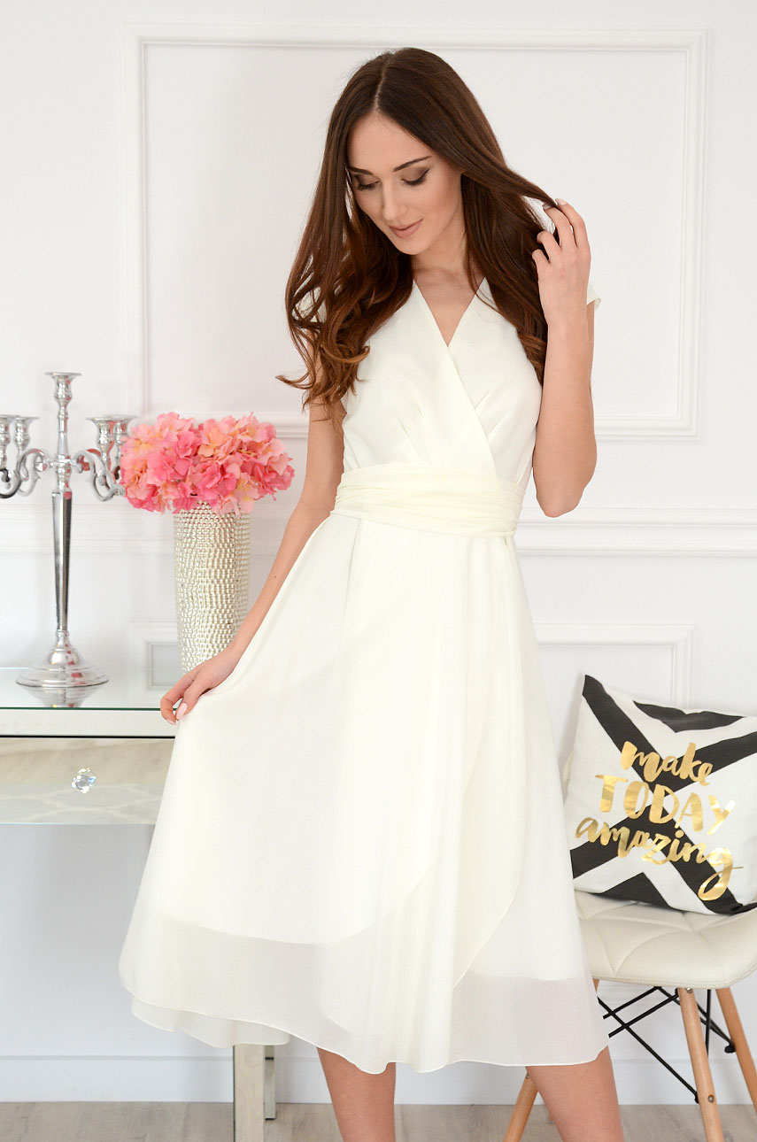 Sukienka szyfonowa midi dekolt V kremowa Liva Rozmiar: 3XL