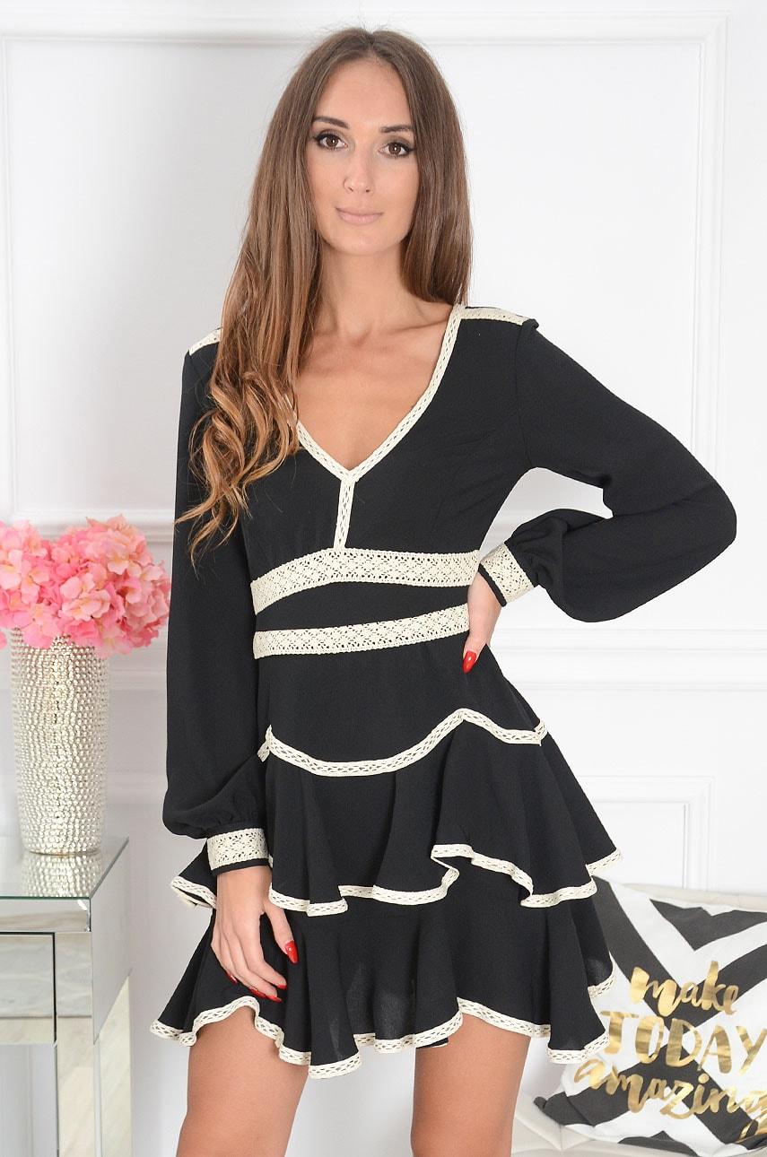 Sukienka z falbanami z ozdobną koronką czarna Georgia Rozmiar: M