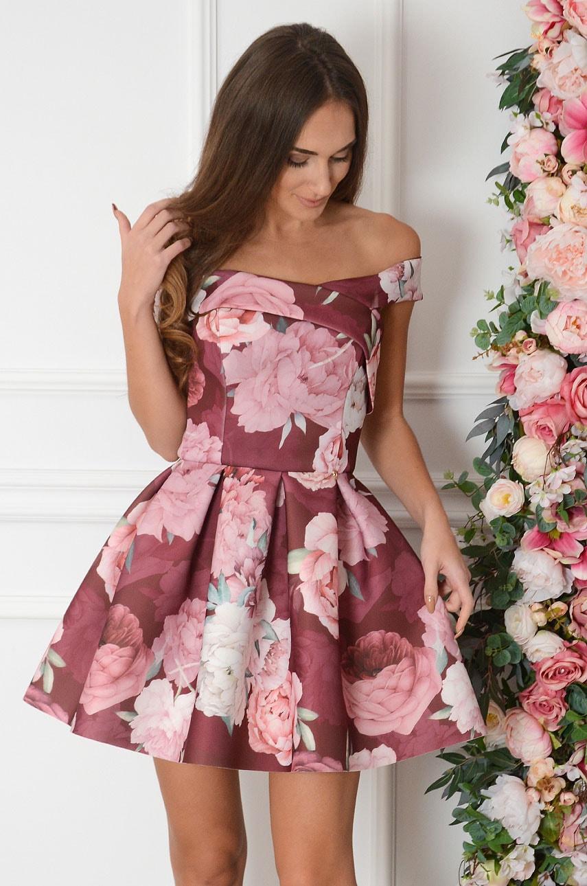 Sukienka rozkloszowana w piwonie burgund Carmen Rozmiar: XS