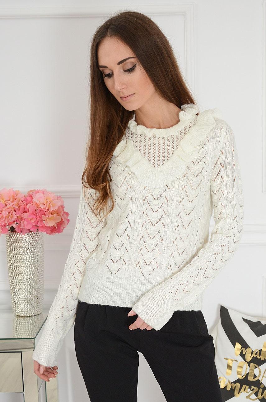 Ażurowy sweter z falbaną kremowy Ardal Rozmiar: UNI