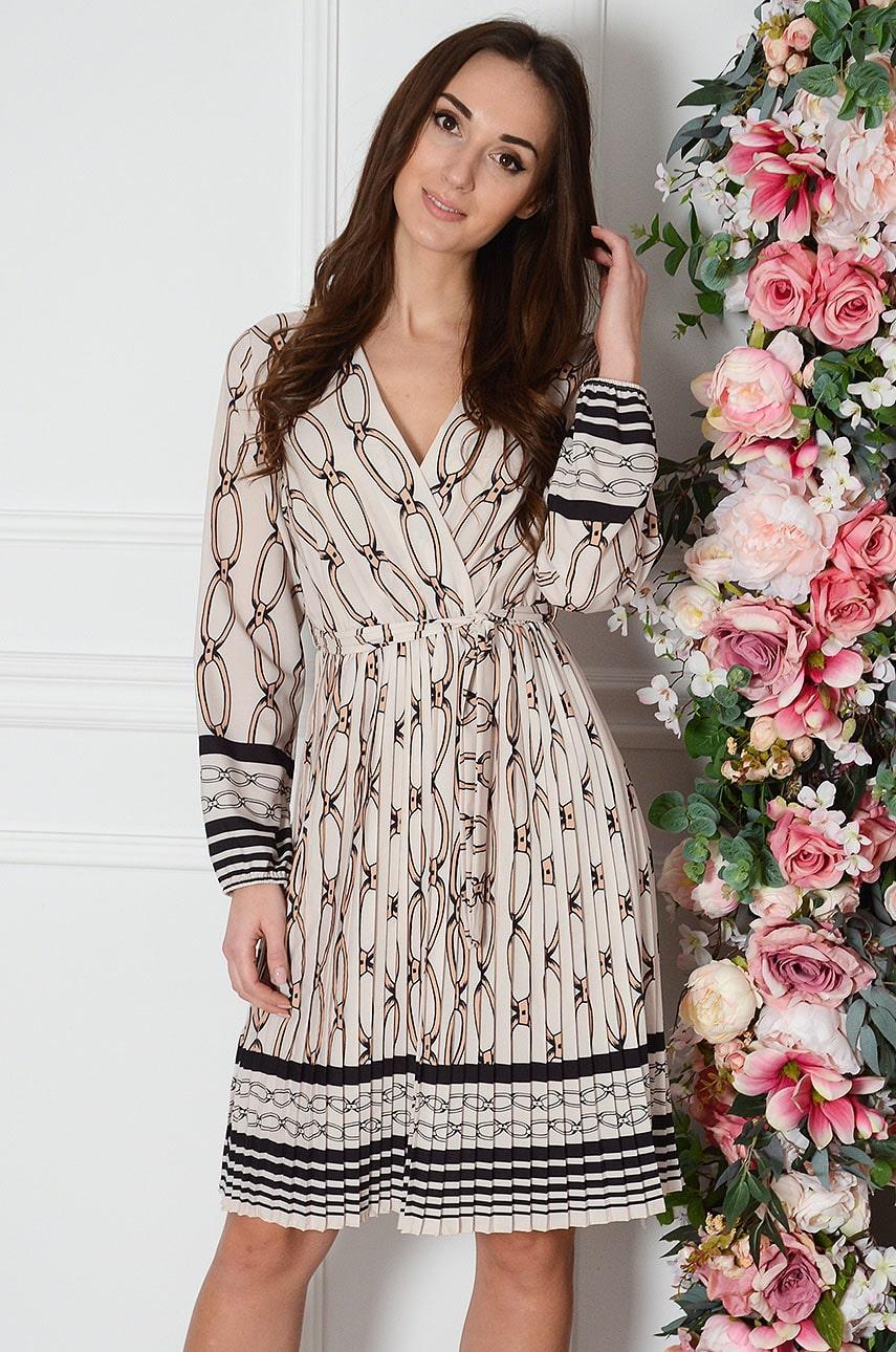 Sukienka plisowana w łańcuchy beżowa Agnetta Rozmiar: UNI