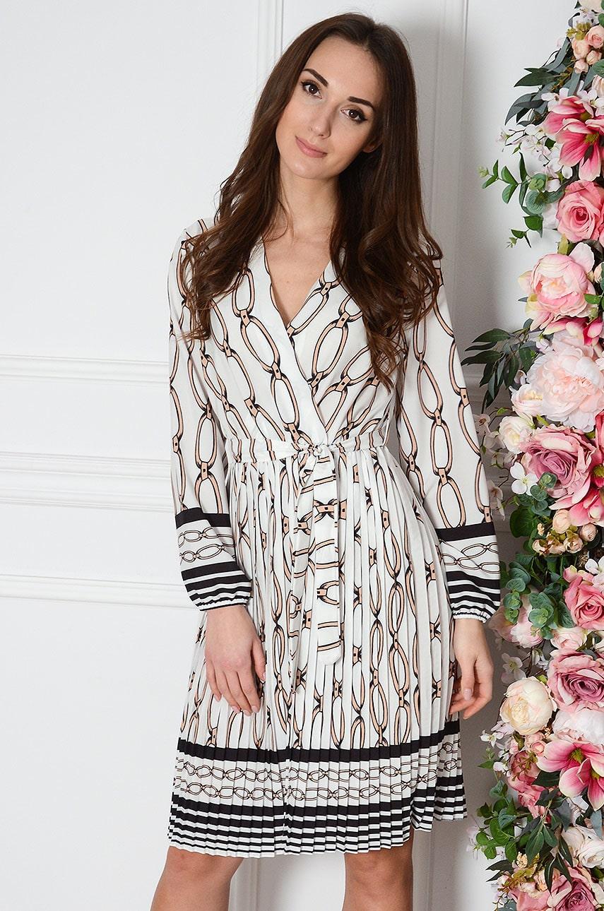 Sukienka plisowana w łańcuchy biała Agnetta Rozmiar: UNI
