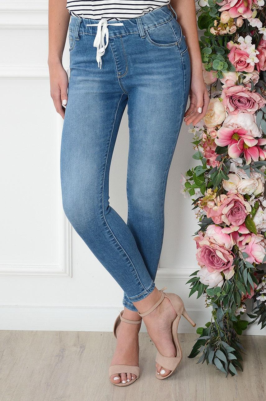 Spodnie jeansowe push-up na gumie Foster Rozmiar: XS