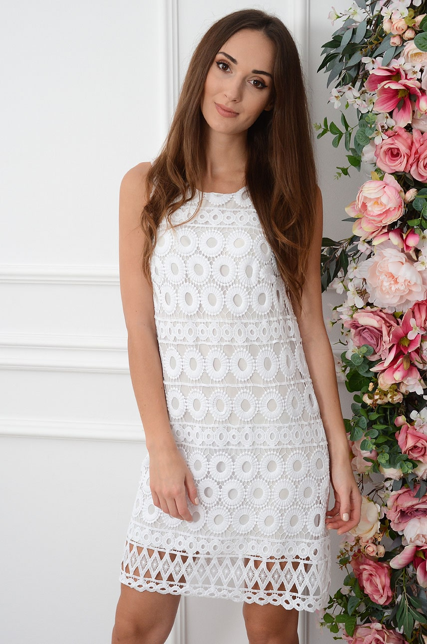 Sukienka z koronki trapezowa oczka biała Paulette Rozmiar: M