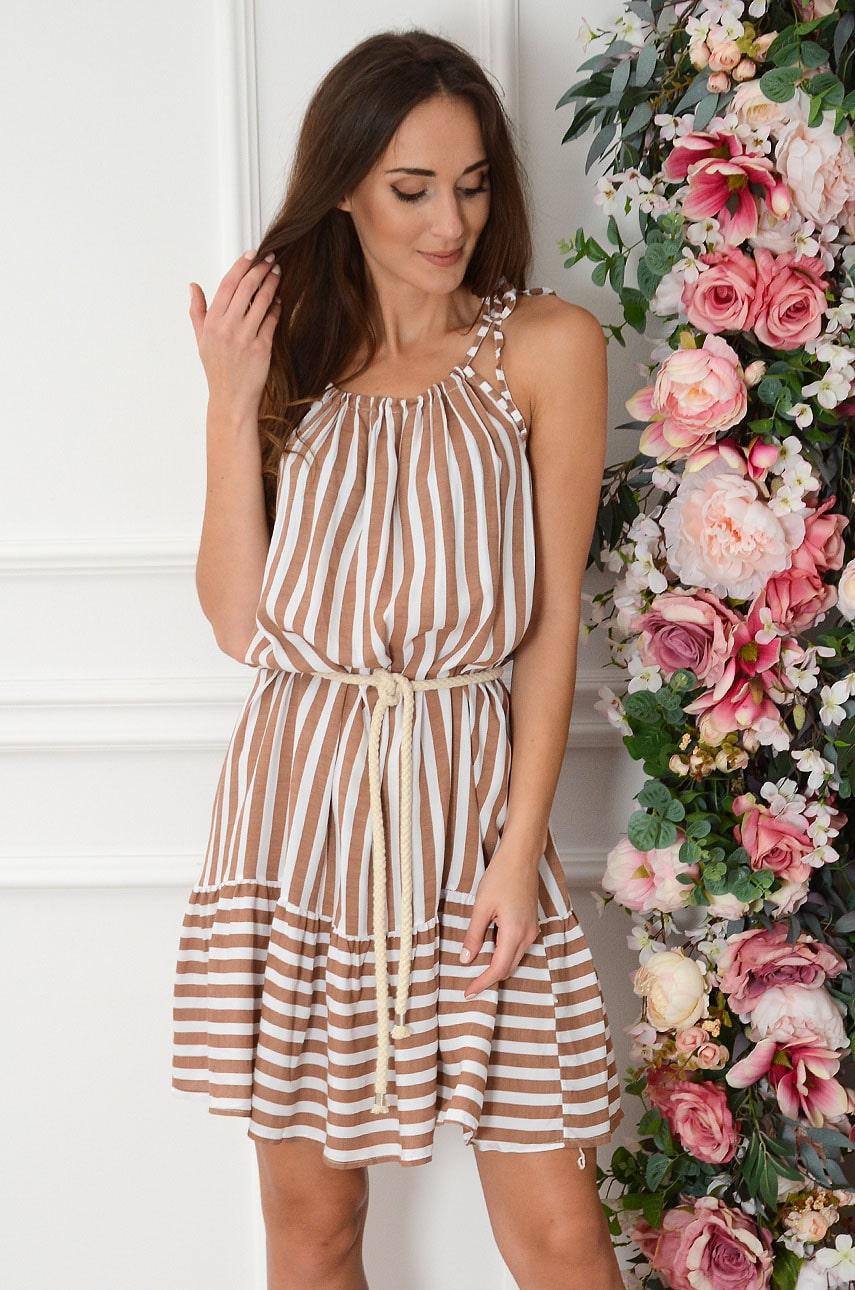 Sukienka oversize w paski z falbaną biało-kamelowa Lenna Rozmiar: UNI