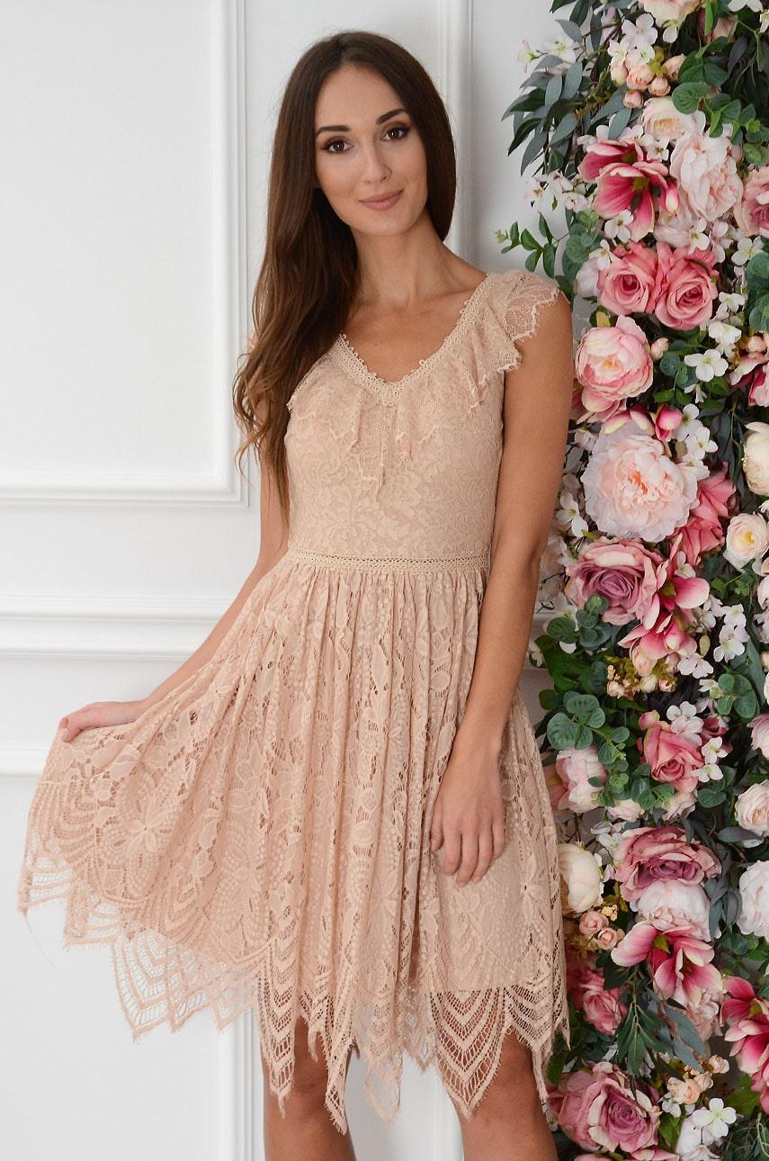 Sukienka koronkowa gipiurowa wstawka z falbanką brudny róż Liza Rozmiar: L