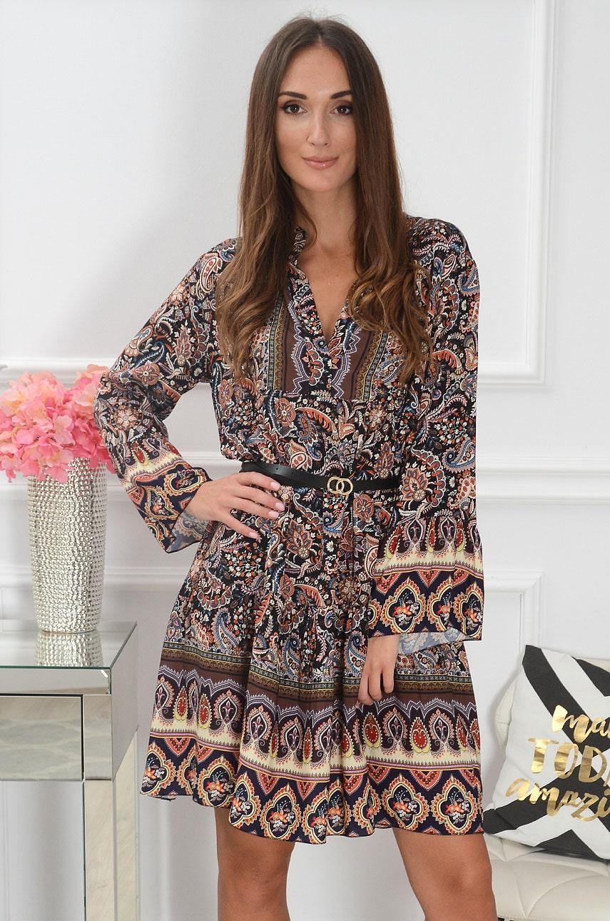 Sukienka oversize z falban w etno wzór czarno-brązowa Avis Rozmiar: UNI