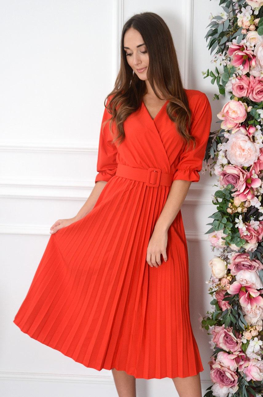 Sukienka midi plisowana z paskiem czerwona Pavetta New Rozmiar: UNI