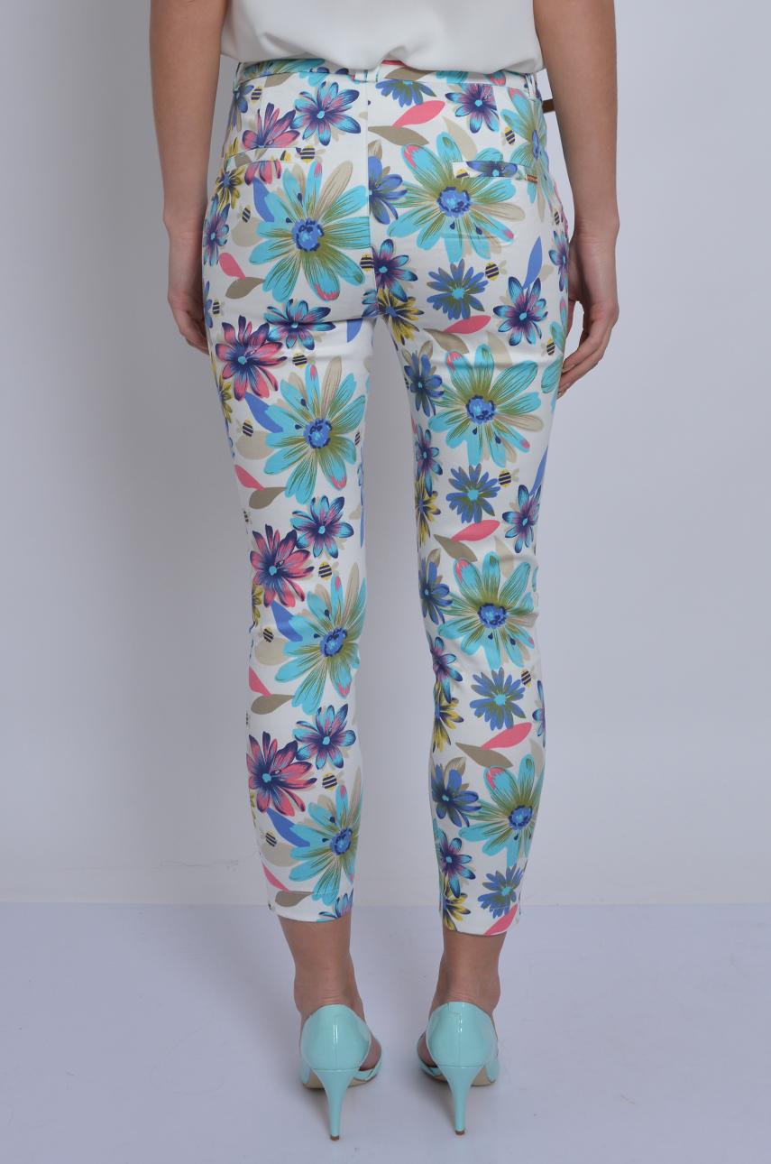 b0ce1eb6627d Spodnie Freesia w duże kwiaty białe - Cocomoda.pl - odzież da...